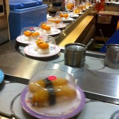 Photo taken at Sushi King by Jae Fatima e. on 6/15/2015