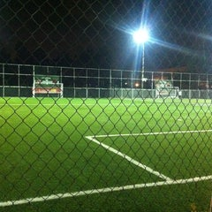 Photo taken at Soccer Pro by Rodolfo F. on 4/4/2013