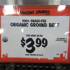 Photo taken at Sprouts Farmers Market by Jimmy S. on 9/29/2012