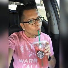 Photo taken at Starbucks by Robbie B. on 8/9/2015