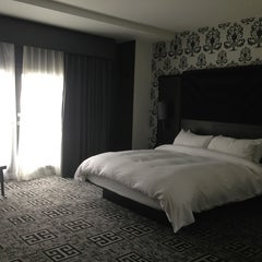 Photo taken at Hard Rock Hotel Las Vegas by Villa L. on 7/28/2013
