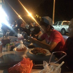 Photo taken at Restoran PKS Maju by Pydin K. on 6/18/2015