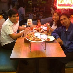 Photo taken at Shakey's by Jan Michael D. on 8/4/2015