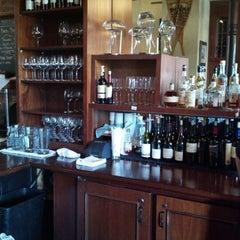 Photo taken at Bounty Hunter Wine Bar & Smokin' BBQ by Ericka B. on 9/26/2012