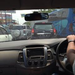 Photo taken at Jalan Raya Alternatif Cibubur (Trans Yogie) by Cindy Widjaja on 8/1/2015