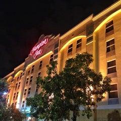 Photo taken at Hampton Inn Ft Lauderdale Airport North by Haroldo F. on 12/7/2012