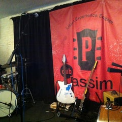 Photo taken at Club Passim by Will D. on 9/22/2012