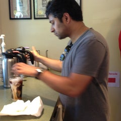 Photo taken at Hampton Coffee Company by Kaido V. on 6/1/2013