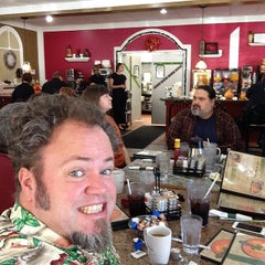 Photo taken at Lincoln Square Pancake House - 56th St. by Aric H. on 10/12/2014
