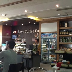 Photo taken at Love Coffee Café by Rizal A. on 3/19/2013