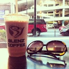 Photo taken at Blenz Coffee by Yena L. on 3/28/2013