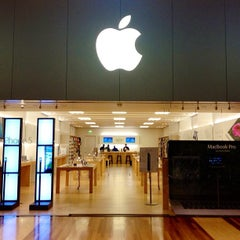Photo taken at Apple Store, West County by Josh W. on 9/23/2012
