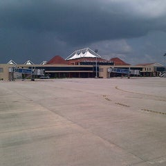 Photo taken at Sultan Mahmud Badaruddin II International Airport (PLM) by Yusuke S. on 1/31/2013