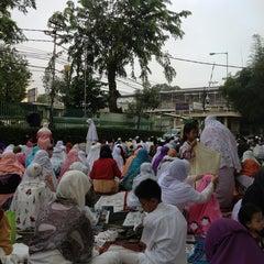 Photo taken at Masjid Al Furqan (Pusat Dewan Dakwah Indonesia) by dian n. on 8/7/2013