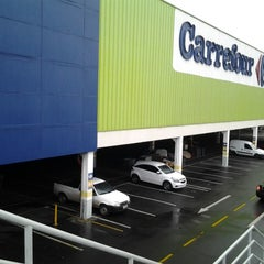 Photo taken at Carrefour by Fabiano T. on 6/19/2013