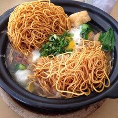 Photo taken at Restaurant Chong Fue Bak Kut Teh by Thomas L. on 3/23/2014