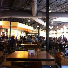 Photo taken at Shafer Court Dining Center by Lulú D. on 11/14/2012
