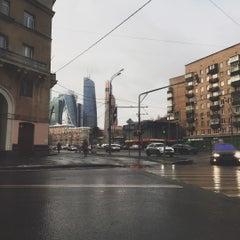 Photo taken at Большая Дорогомиловская улица by Паша Д. on 11/24/2015