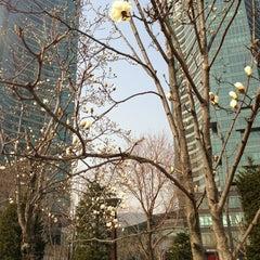 Photo taken at 서울숲 한라시그마밸리 by Yang h. on 4/4/2013