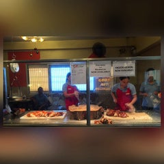 Photo taken at CnT Lechon by NicoLe. on 7/29/2015