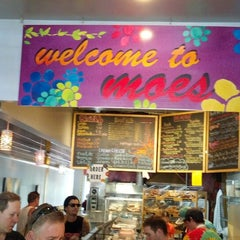 Photo taken at Moe's Broadway Bagels by Steve on 8/25/2013