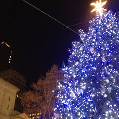 Photo taken at Union Square Holiday Market by Kiki M. on 12/30/2012