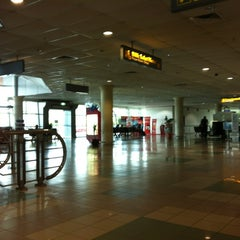 Photo taken at Bintulu Airport (BTU) by Alihanz A. on 6/11/2013