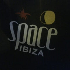 Photo taken at Space Bar ibiza by Jono H. on 9/26/2013