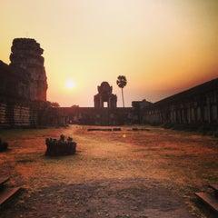 Photo taken at Angkor Wat Temple (អង្គរវត្ត) by Полина К. on 3/6/2013
