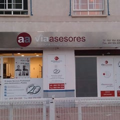 Photo taken at Vía Asesores by FERNANDO JOSE Z. on 12/11/2014