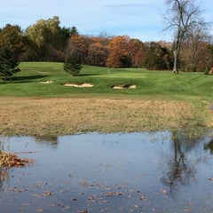 Photo taken at Ould Newbury Golf Course by Sean S. on 11/8/2014