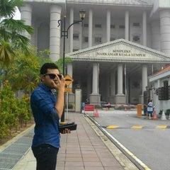Photo taken at Kompleks Mahkamah Kuala Lumpur (Courts Complex) by Afiq N. on 10/1/2015