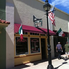 Photo taken at Pizza Time by J D. on 9/27/2012