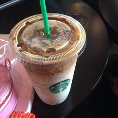 Photo taken at Starbucks (สตาร์บัคส์) by Nan S. on 11/26/2015