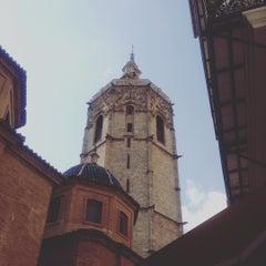 Photo taken at Torre del Micalet by Gabie V. on 9/11/2015