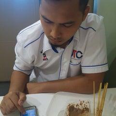Photo taken at Kafeteria Kementerian Pengajian Tinggi by nurul a. on 10/28/2015