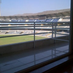 Photo taken at Dr. DY Patil Stadium (डा. डी. वाय. पाटील स्टेडीयम) by Ridhiin P. on 3/19/2013