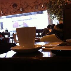Photo taken at Manhattan Coffee House by Richard C. on 2/13/2013
