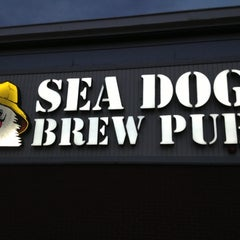 Photo taken at Sea Dog Brew Pub by James-Michael G. on 4/16/2013
