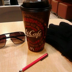 Photo taken at McDonald's by Jorge A. on 2/25/2014