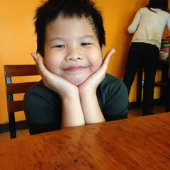 Photo taken at Mang Inasal by Anthony G. on 4/26/2014