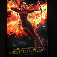 Photo taken at Harbor Point Cinemas by Bianca D. on 11/9/2015