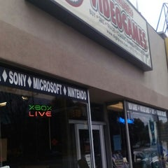 Photo taken at Digital Press Video Games by Grorge S. on 11/7/2015