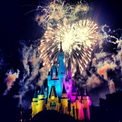 Photo taken at Cinderella Castle by Fabrício S. on 7/1/2013