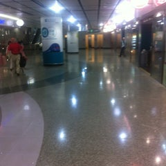 Photo taken at IFC Mall 國際金融中心商場 by Ivan L. on 11/14/2012