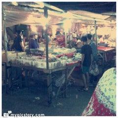 Photo taken at Pasar Kranji by Fajar S. on 1/27/2013