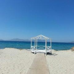Photo taken at Παραλία Μαρμαρίου (Marmari Beach) by GuL .. on 7/18/2015
