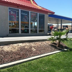 Photo taken at McDonald's by Robin D. on 5/31/2013