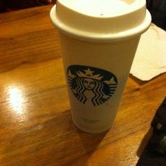 Photo taken at Starbucks by Vishal V. on 12/22/2013