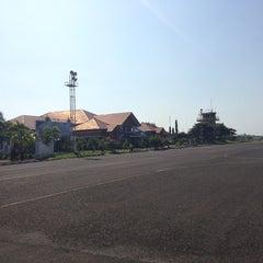 Photo taken at Bandara Fatmawati Soekarno (BKS) by Neeraj T. on 3/22/2013